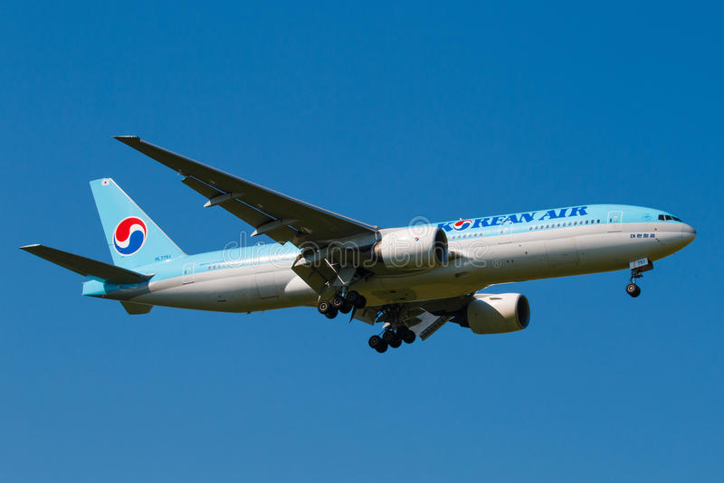 B777. PRAGUE, CZECH REPUBLIC - JUNE 6: Korean Air Boeing B777 lands at PRG Airport on June 6, 2015. Korean Air is the flag carrier and the largest airline of stock photos