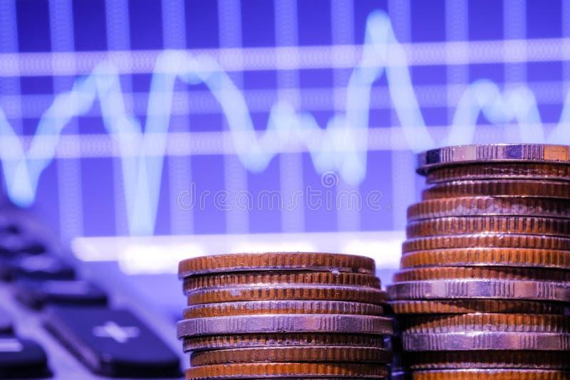 B?rse oder Devisenhandelsdiagramm und -kerzenst?nder entwerfen passendes f?r Finanzinvestitionskonzept Der Unternehmensplan am Tr lizenzfreies stockfoto