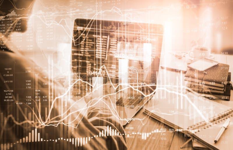 B?rse oder Devisenhandelsdiagramm und -kerzenst?nder entwerfen passendes f?r Finanzinvestitionskonzept Wirtschaft neigt Hintergru stockfotografie
