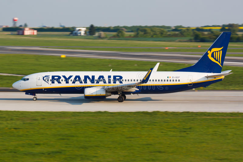 B737 Ryanair fotos de stock