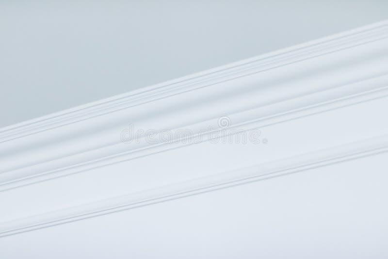 B?ti sur le d?tail de plafond, la conception int?rieure et le fond abstrait architectural photo libre de droits