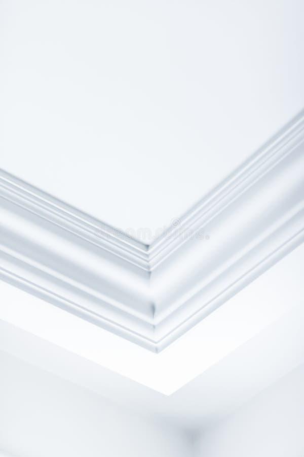 B?ti sur le d?tail de plafond, la conception int?rieure et le fond abstrait architectural photo stock