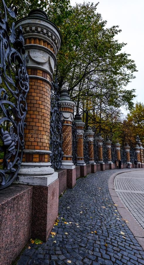 B?timents historiques dans le St Petersbourg, Russie photo stock