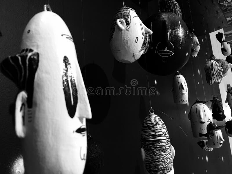 B&w dolls& x27  κεφάλια στοκ φωτογραφία με δικαίωμα ελεύθερης χρήσης