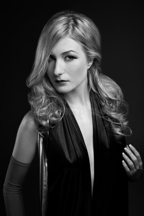 B&W Glamour portrait of blond woman