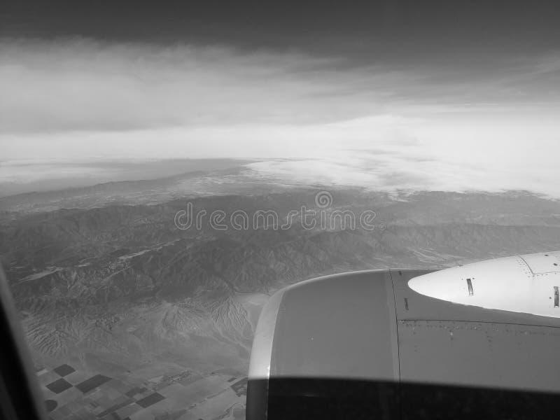 B+W mit Farbe ROHES SOUTHWESTengine von einem Fluglinie ` s Flugzeug am Flug ZEITSCHRIFTEN-QUALITÄT lizenzfreies stockbild