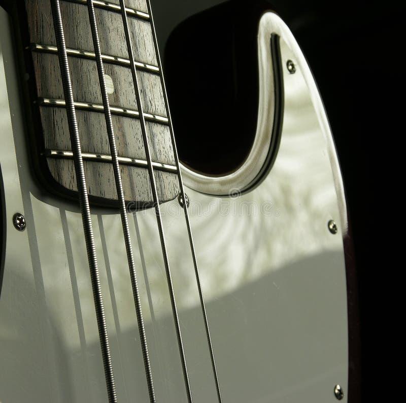 Baß-Gitarre 2 lizenzfreie stockfotografie