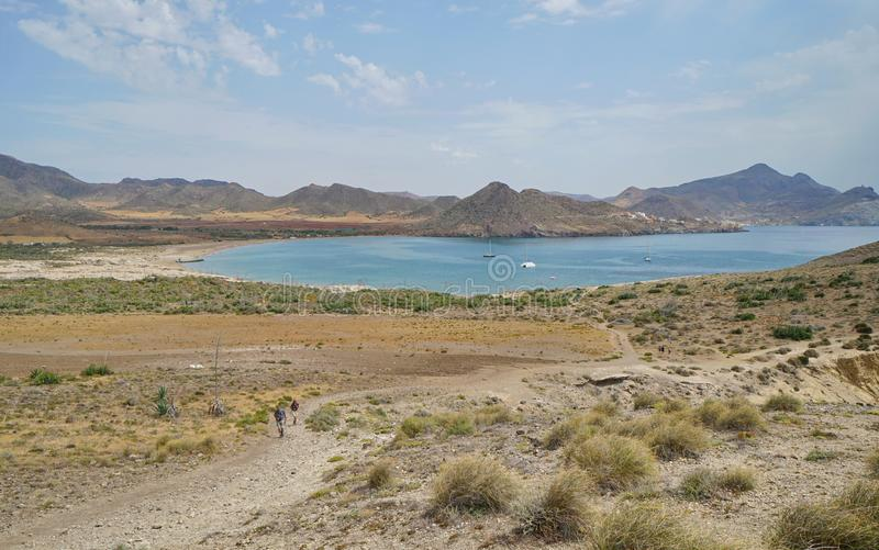 Baía Almeria Spain de Cabo de Gata Genoveses da paisagem fotografia de stock