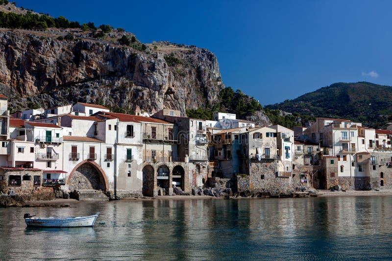 Baía, Cefalu, Sicília, Itália fotos de stock