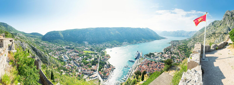 Baía da cidade de Kotor, Montenegro foto de stock