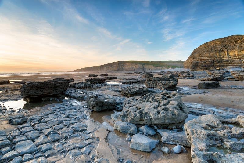 Baía de Dunraven em Gales fotografia de stock