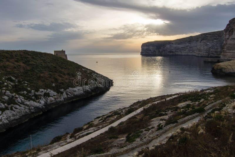 Baía de Gozo Xlendi foto de stock