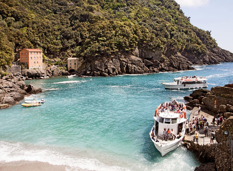 Baía de Liguria, Itália - de San Fruttuoso perto de Genoa fotografia de stock