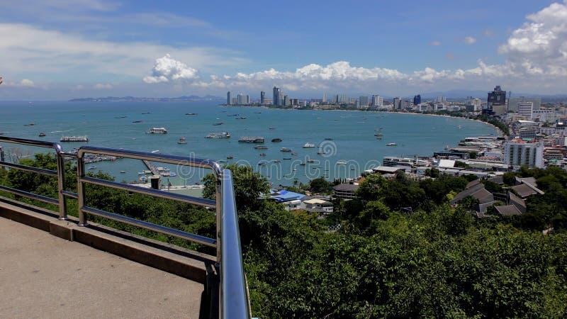 Baía de Pattaya Hotéis e condomínios Pattaya Tailândia imagens de stock