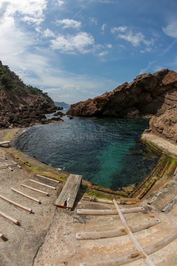 Baía do Es Calo S Estaca, Majorca, Espanha fotos de stock royalty free