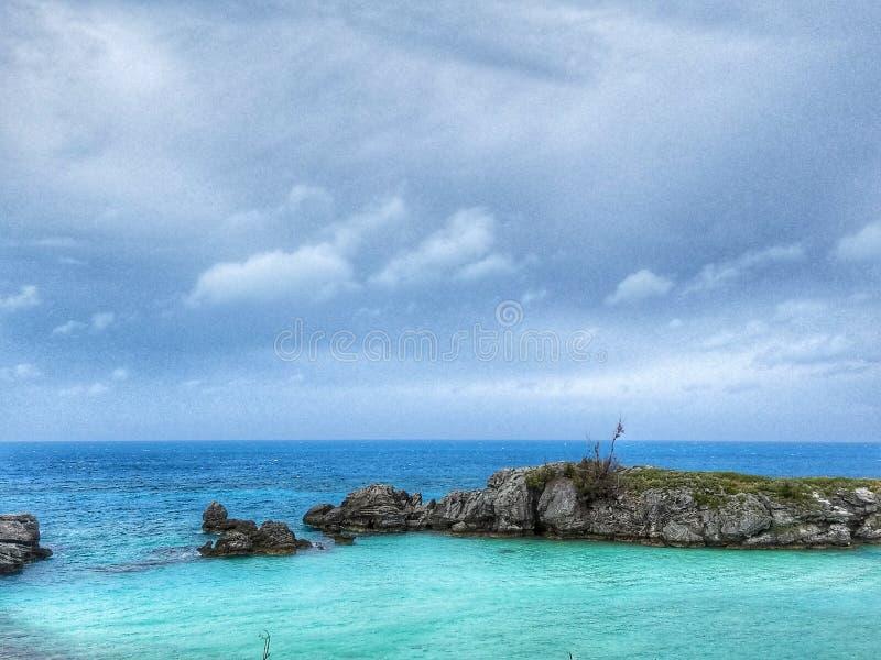 Baía do oceano do verde azul de Bermuda foto de stock