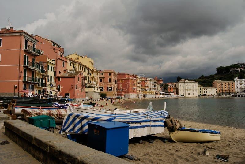 A baía do silêncio em Sestri Levante fotografia de stock royalty free