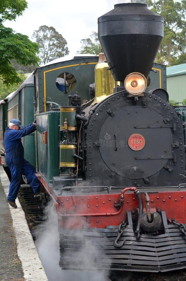 Baía do vintage Kawakawa Railway NZ das ilhas foto de stock royalty free