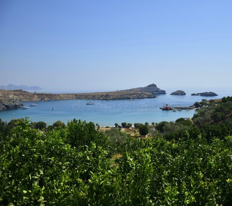 Baía em Lindos, Grécia imagens de stock royalty free