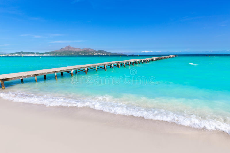 Baía Mallorca de Alcudia da praia de Majorca Platja de Muro imagens de stock