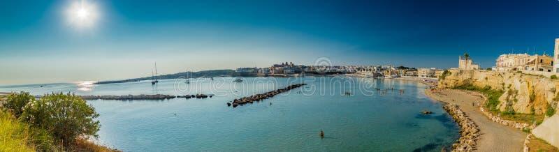 Baía na península de Salento em Itália fotos de stock royalty free