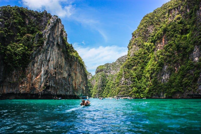 Baía Phi Phi Island de Pileh imagem de stock royalty free