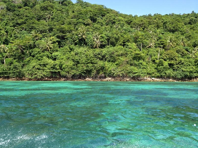 Baía tropical de Tailândia fotografia de stock royalty free