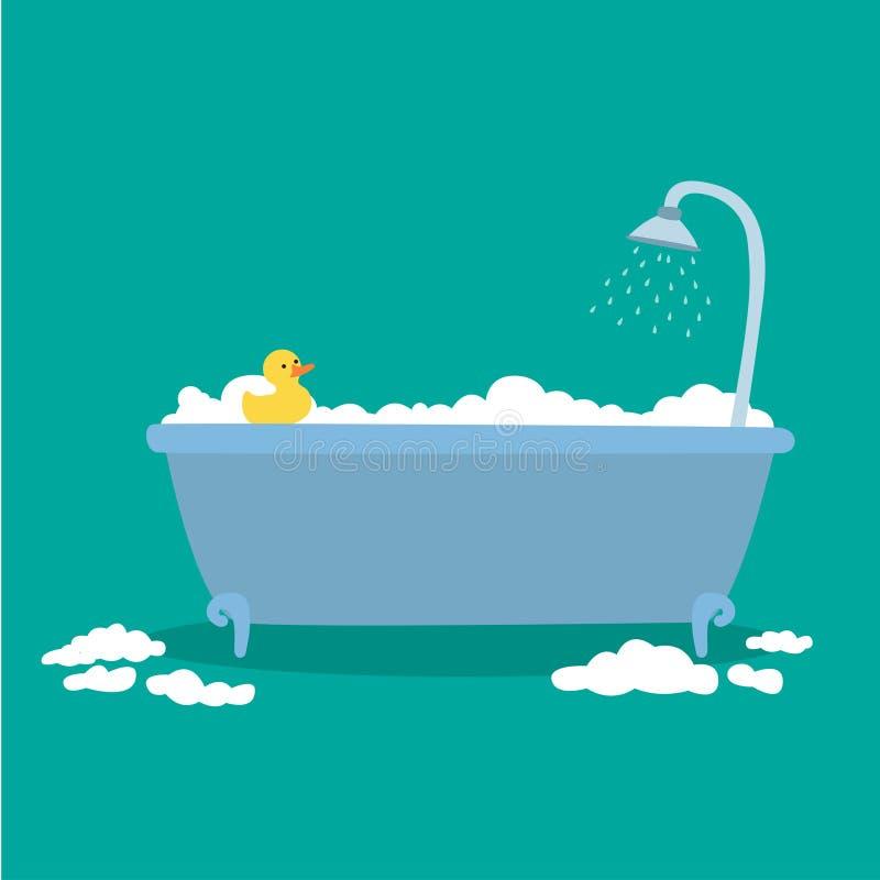 Bañera con las burbujas de la espuma interiores y el pato de goma amarillo del baño aislado en fondo azul ilustración del vector