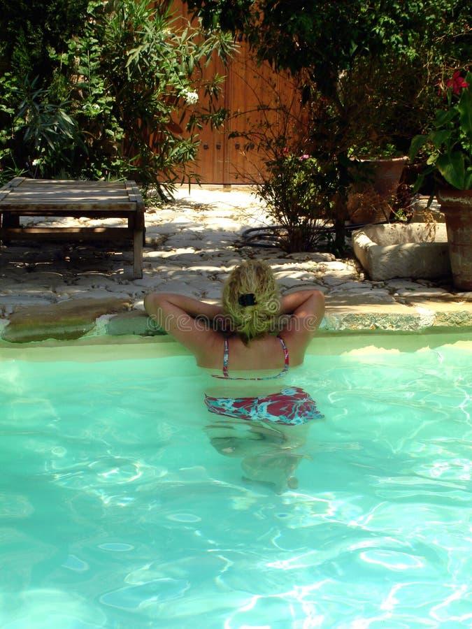 Baño de la mujer foto de archivo