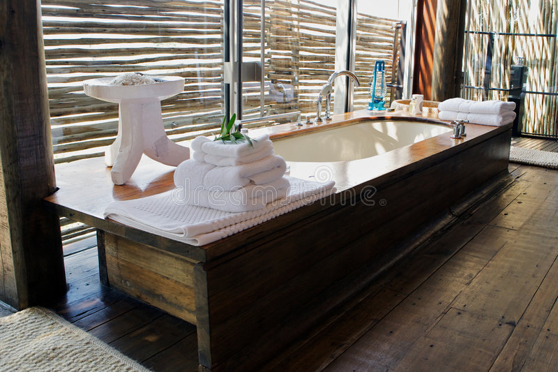 Baño lujoso foto de archivo libre de regalías