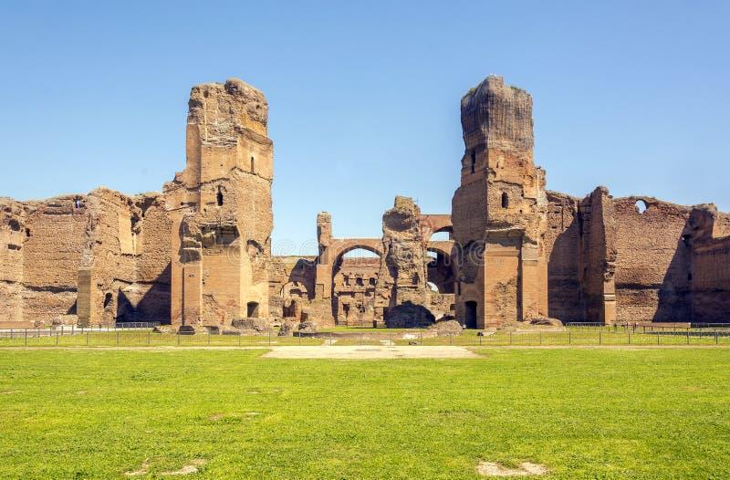 Baños de Caracalla, ruinas antiguas de los thermae públicos romanos foto de archivo