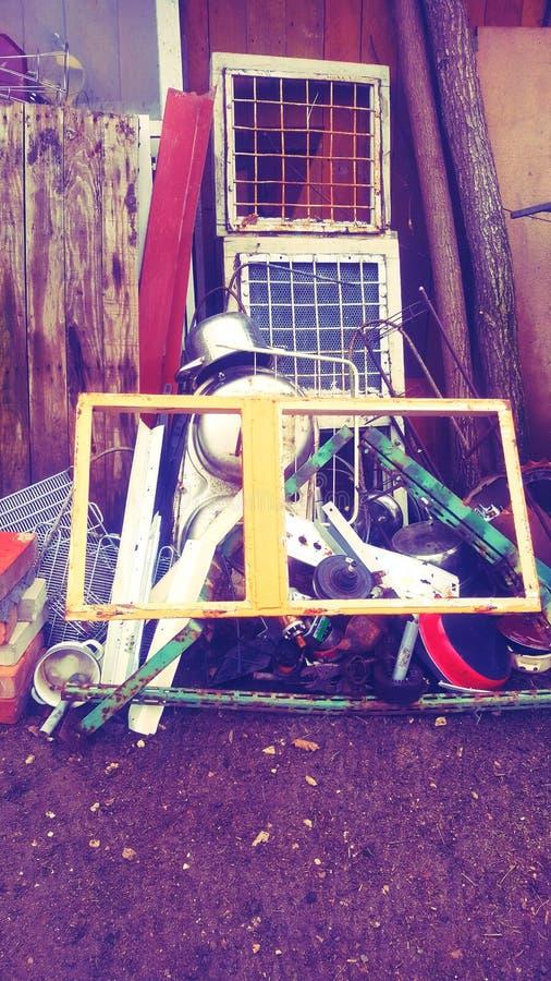 Bałaganu garaż zdjęcie royalty free