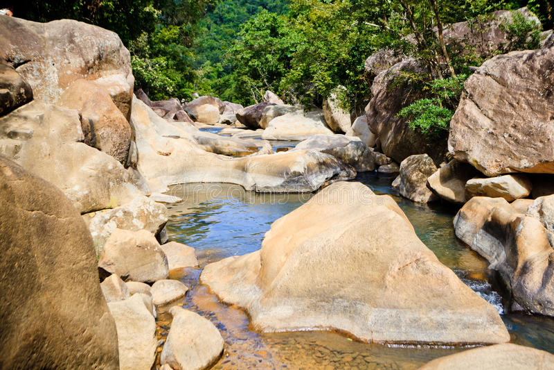Ba Ho Waterfall Stones lizenzfreies stockfoto