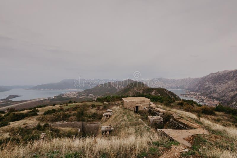 Baai van Kotor van de hoogten stock foto's