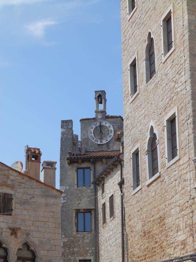Baal - Valle Toren met klok dichtbij Bembo-Paleis royalty-vrije stock afbeelding