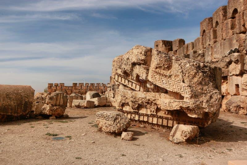 Baalbekmonumenten stock afbeeldingen