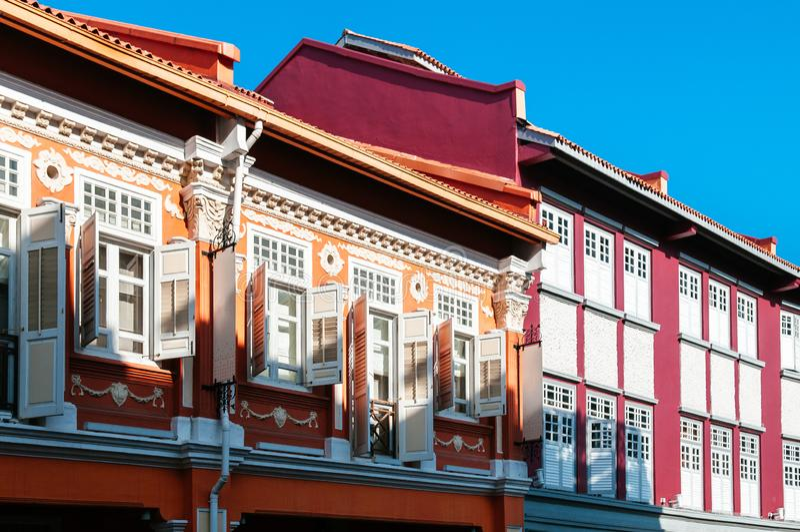 Baba Nyonya för gammal koloniinvånare traditionellt hus i kineskvarteret, Singapo arkivfoto