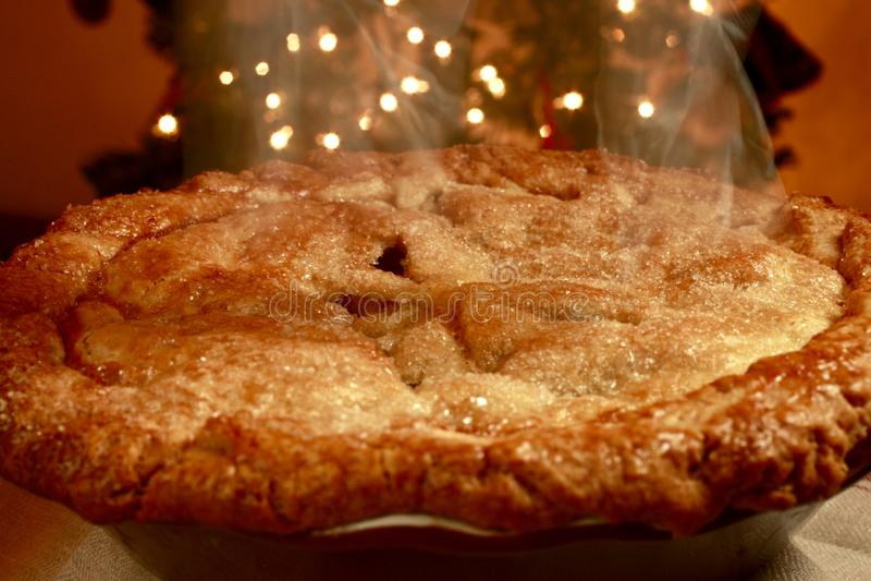 Babci Smith Jabłczany kulebiak Gorący od piekarnika zdjęcia royalty free