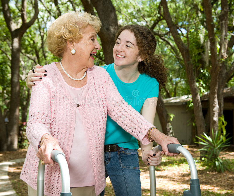babcia się śmiać nastolatków. obraz stock
