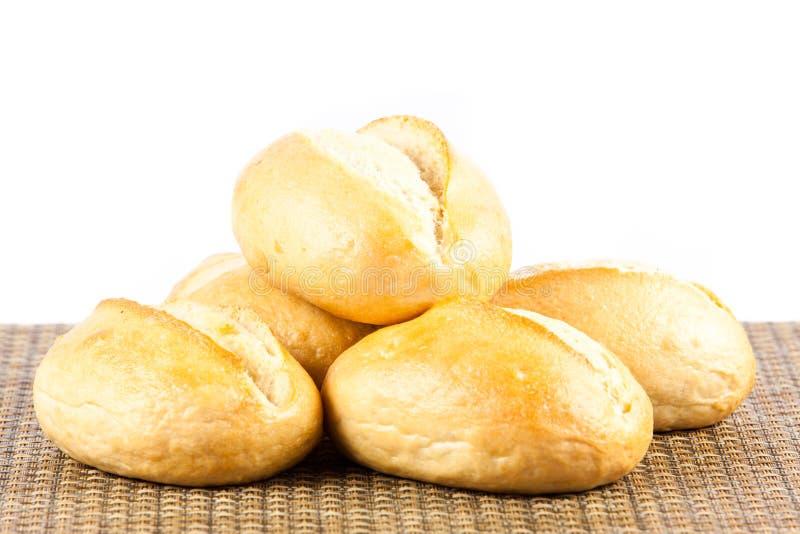 Download Babeczki Odizolowywać Na Białego Tła Jedzenia Chlebowych Rolkach Obraz Stock - Obraz złożonej z śniadanie, świeży: 53784915