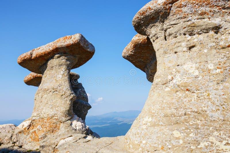 Babele - δύσκολες δομές Geomorphologic στα βουνά Bucegi στοκ φωτογραφία με δικαίωμα ελεύθερης χρήσης
