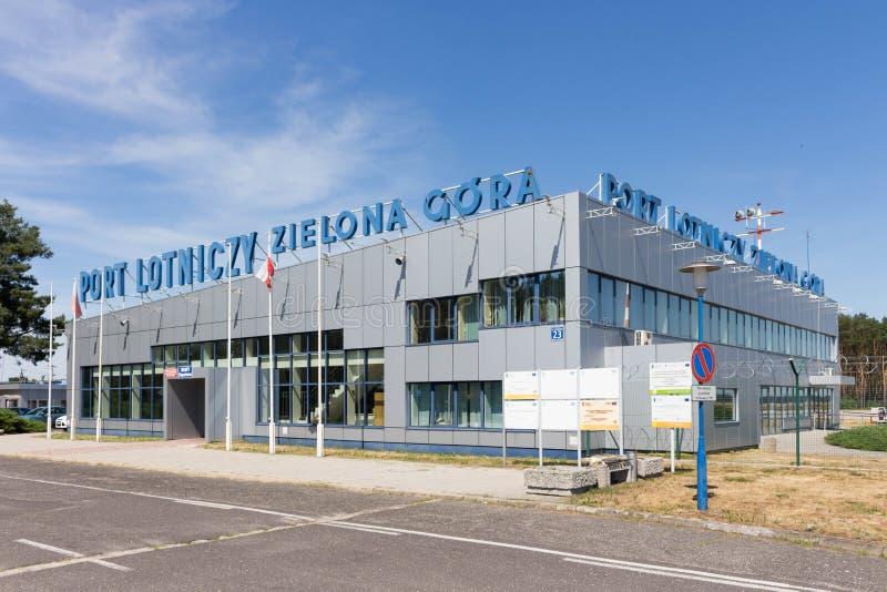 BABIMOST, POLEN - JUNI 24, 2019 Zielona Gora - Babimost-luchthaven stock foto's