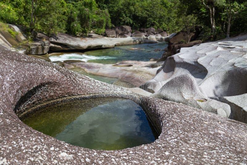 Babinda-Flusssteine in Queensland, Australien lizenzfreies stockfoto