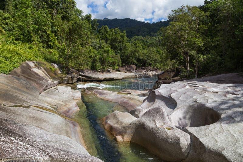 Babinda-Flusssteine in Queensland, Australien stockfoto