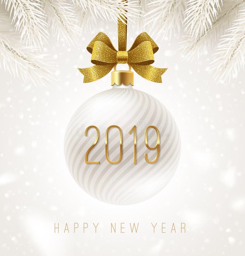 Babiole blanche de vacances avec le ruban d'arc d'or de scintillement et le nombre de la nouvelle année 2019 Carte de voeux illustration stock