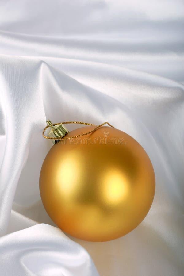Babiole de Noël d'or image stock