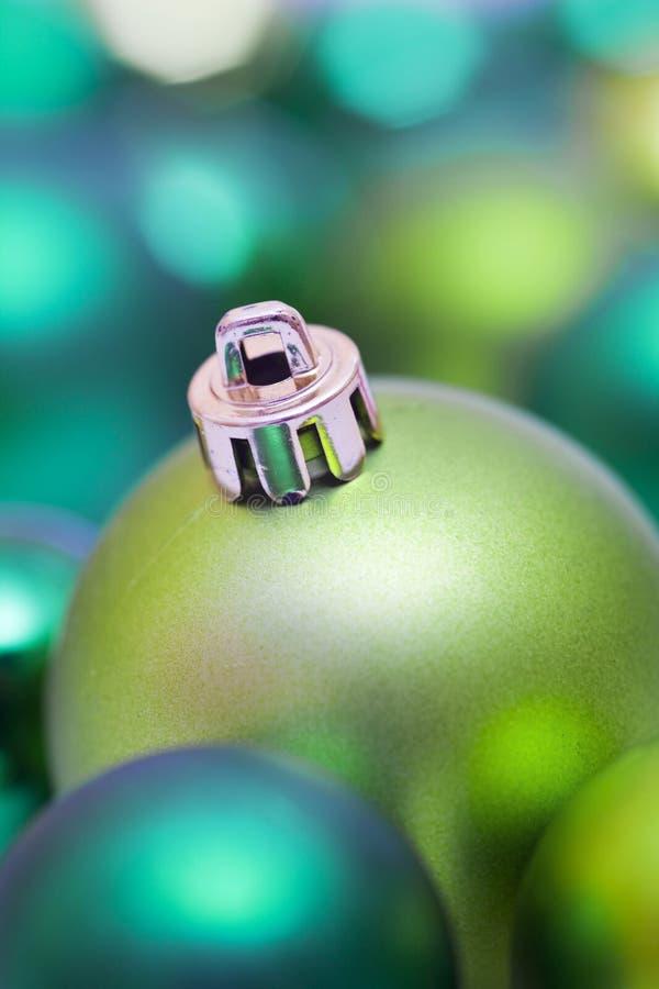 Babiole verte d'arbre de Noël images stock