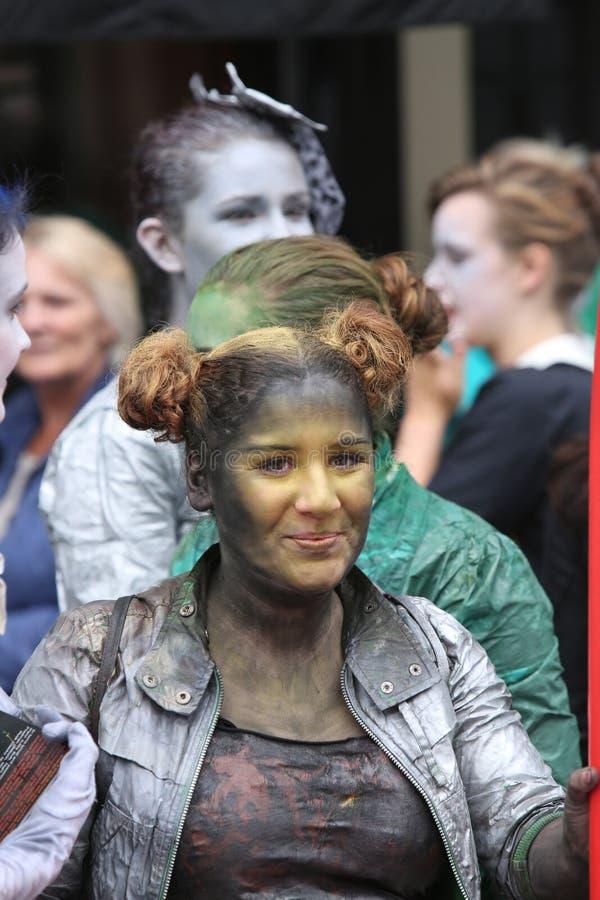 Babolin-Theaterausführender am Edinburgh-Fransen-Festival 2013 lizenzfreies stockbild