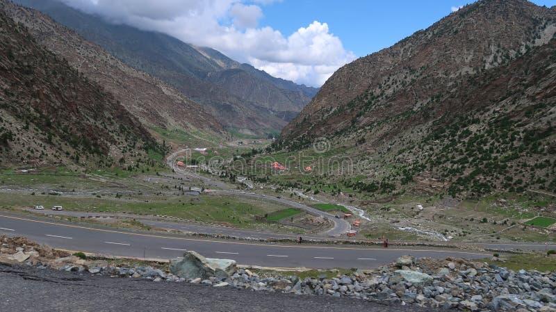 Babusar Gruntuje W kierunku Chilas zdjęcia royalty free