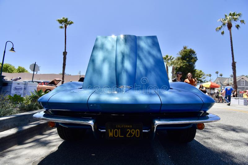 Baby-blaue Korvette 1965 Sting Ray Convertible, 6 stockbilder